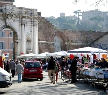 I mercatini di roma porta portese il primo mercato per - Auto usate porta portese ...